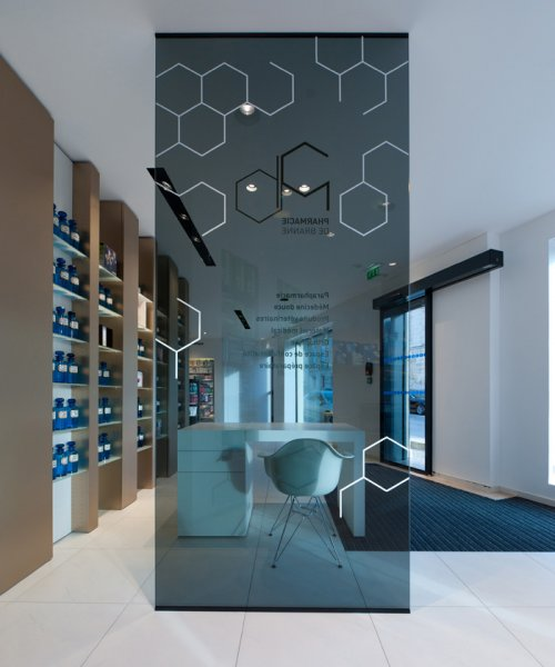 Pharmacie branne bordeaux for Dep design interieur